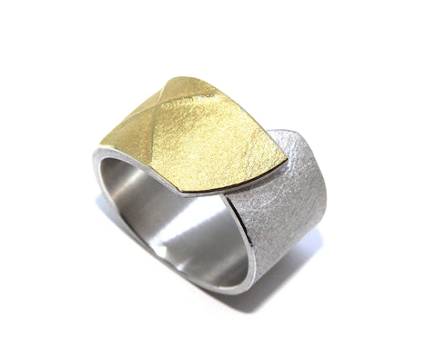 Manu Textured Wrap Over Band 22ct Yellow Gold Bi-Metal Silver Ring