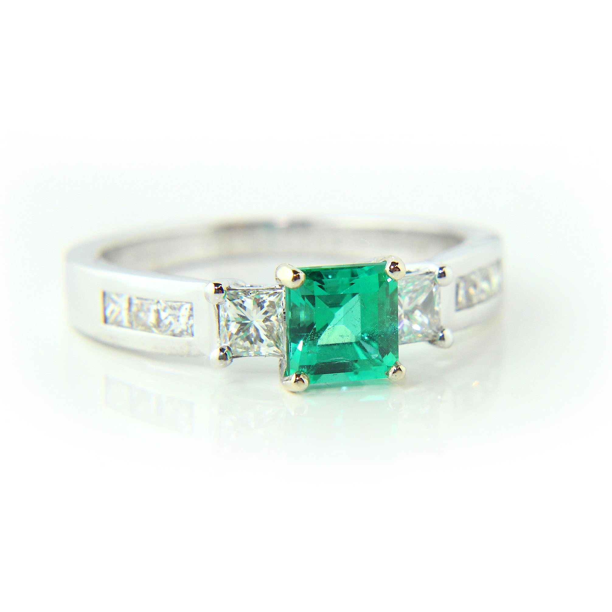 occasion special gold avanti emerald ring diamond cluster gifts anniversary deco image white and from