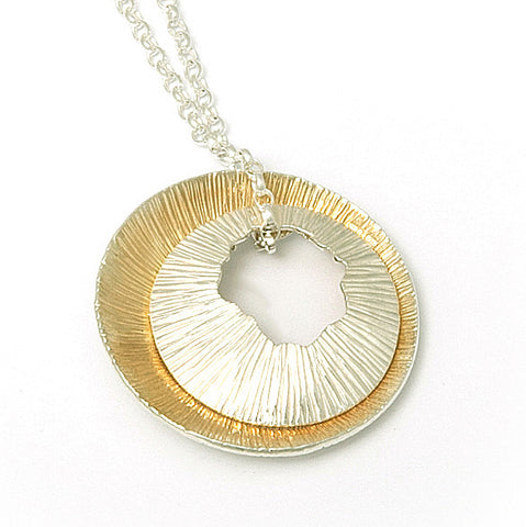 Martina Hamilton Large Shell Yellow Gold Plated Silver Necklace