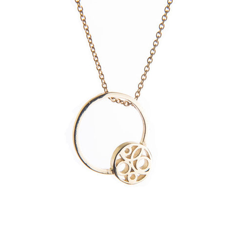 Miriam Wade Flow Circle 9ct Yellow Gold Necklace