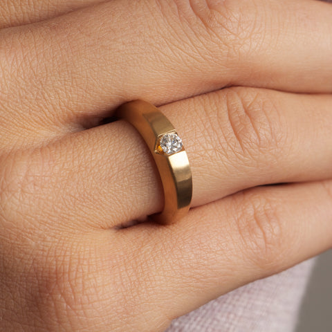 Patrik Hansson Chamfer Solitaire 18ct Yellow Gold Satin Diamond Ring