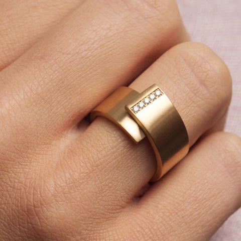 Patrik Hansson Shift 18ct Yellow Gold Satin Diamond Ring