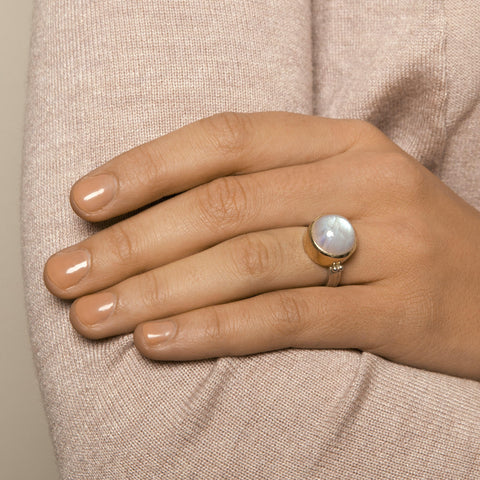Friederike Grace Moon Stone Silver Ring