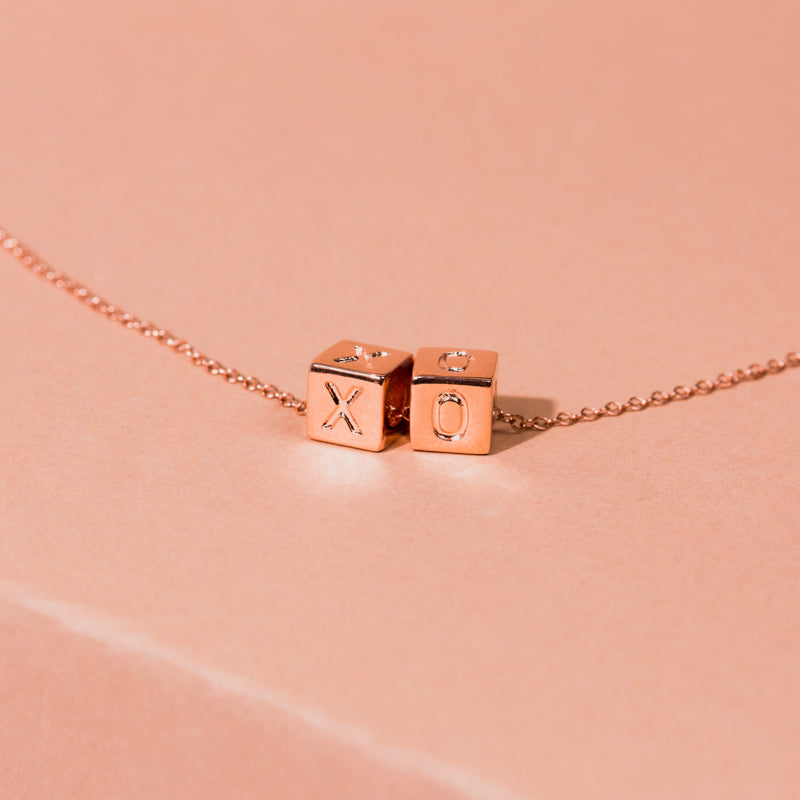 Le Bloc XO Necklace
