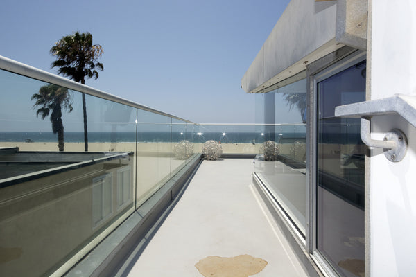 ICON Film Locations, ICON Lifestyles, - For Filming or Lease, Modern Beach House with Floor to Ceilings Windows, Cat walk, Scenic views, Multiple Levels, On the Sand