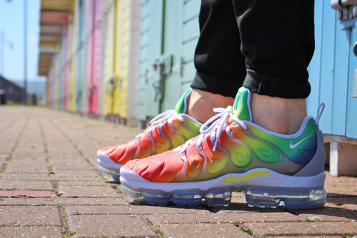 separation shoes fab06 46f80 NIKE AIR VAPORMAX PLUS SHOES – WHITE/WHITE/NEPTUNE GREEN ...