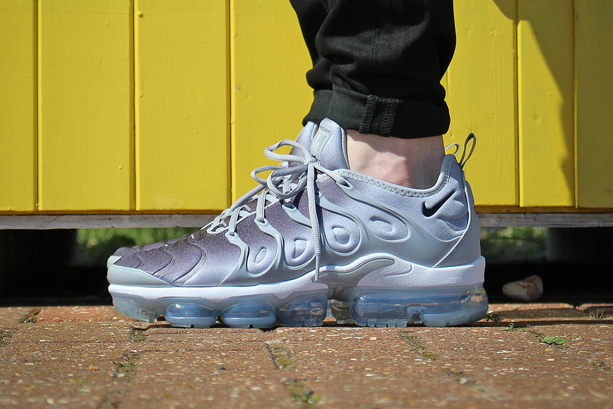 sale retailer 1ab8c 8bfa0 NIKE AIR VAPORMAX PLUS SHOES – WOLF GREY/BLACK/WHITE – Urban ...