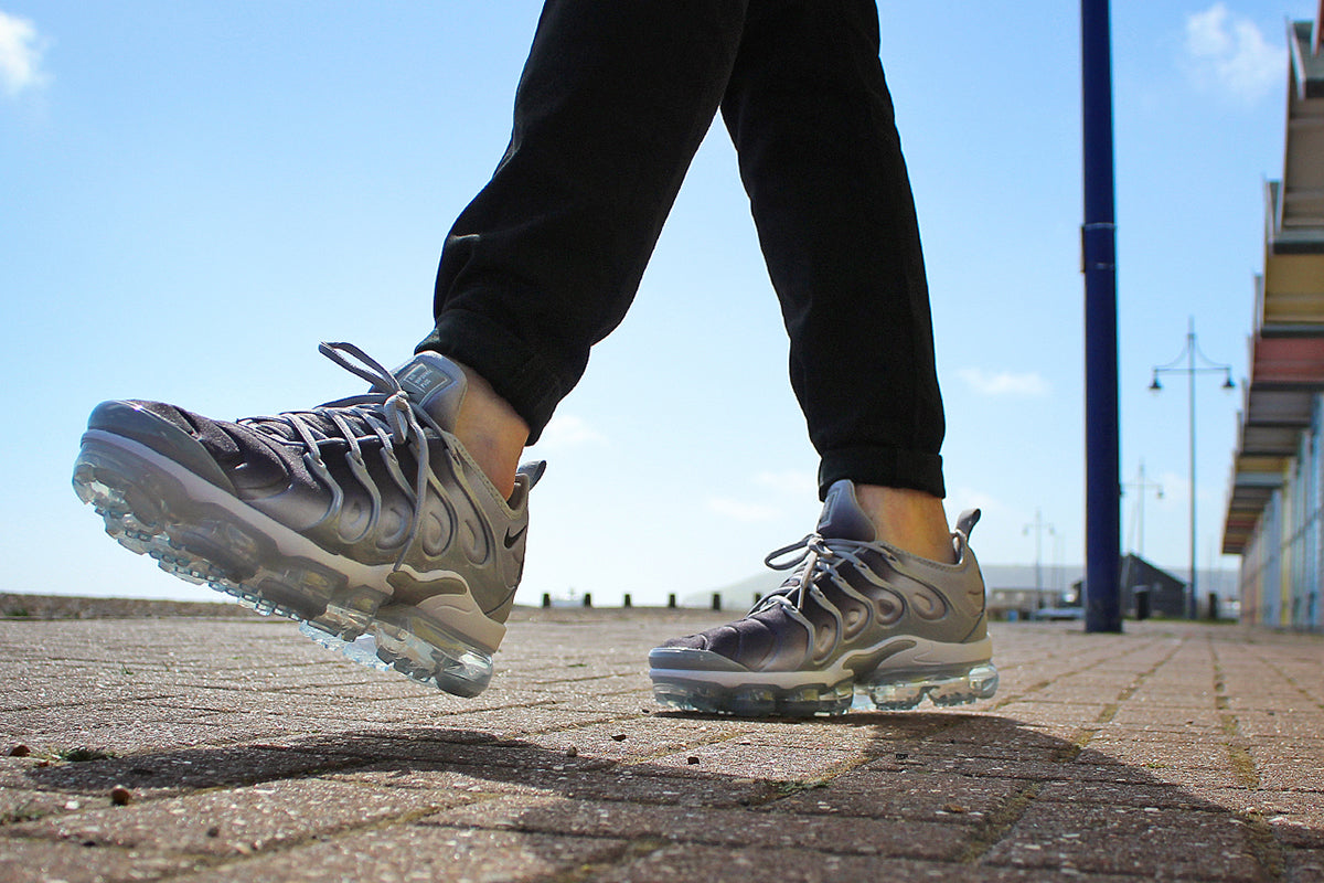 8184a9be8978 NIKE AIR VAPORMAX PLUS SHOES – WOLF GREY BLACK WHITE – Urban Industry