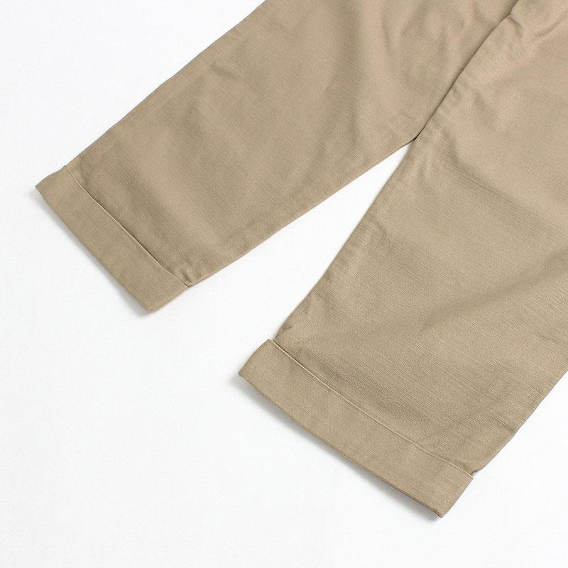 Gramicci Back Satin Tuck Tapered Pant