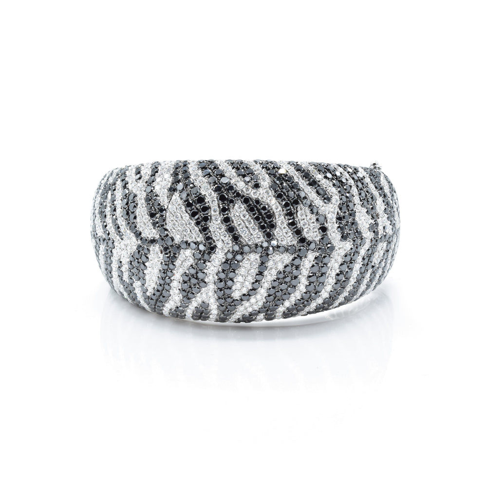 18kt White Gold Black and White Diamond Zebra Print Bangle