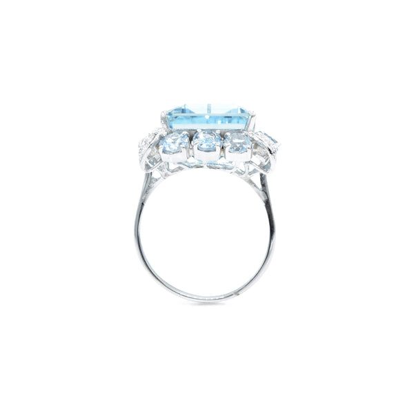 Estate 18kt White Gold 15.0 Carat Aquamarine Ring with Diamonds