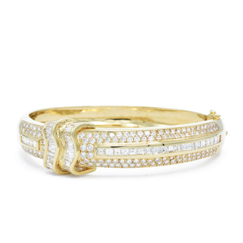 18kt Gold and Diamond Cuff Bangle