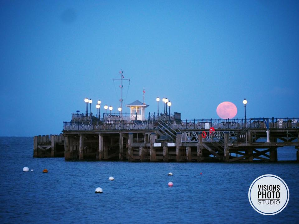 Capturing the Supermoon in Swanage