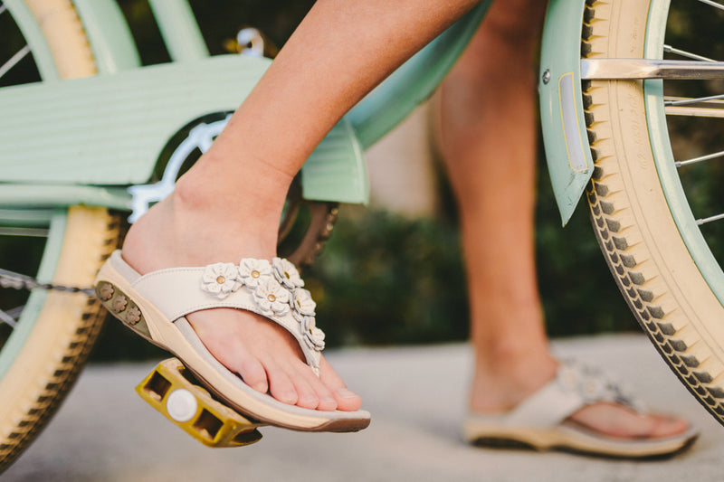 Bare Your Soles with Podiatry-Approved Pedicures