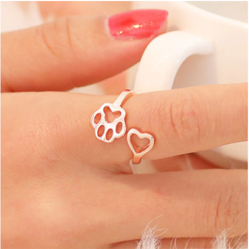 Cute Fashion Dog Paw Print and Heart Shape Ring For Dog Lovers.  Flat Shipping (50% off Today)