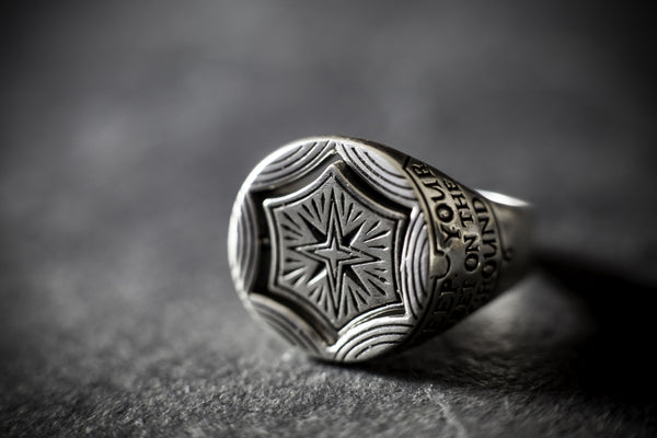 Digby & Iona Eyes and Stars Signet Ring