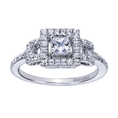 Vintage Motif Princess Cut Diamond Engagement Ring with Halo