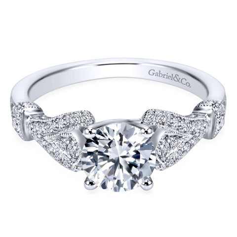 Ladies Vintage Look Diamond Pave Ring in White Gold