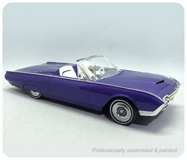 1:25 '62 Ford Thunderbird