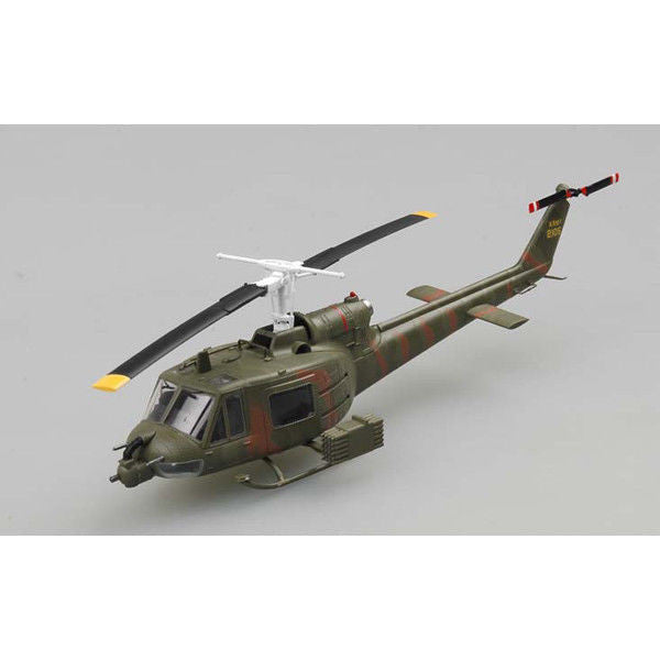 1:72 USA UH-1B Helicopter