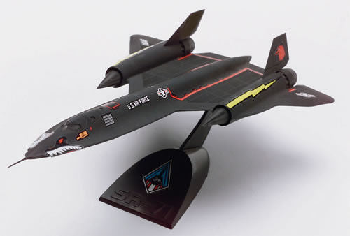 1:110 US SR-71A Blackbird Snap