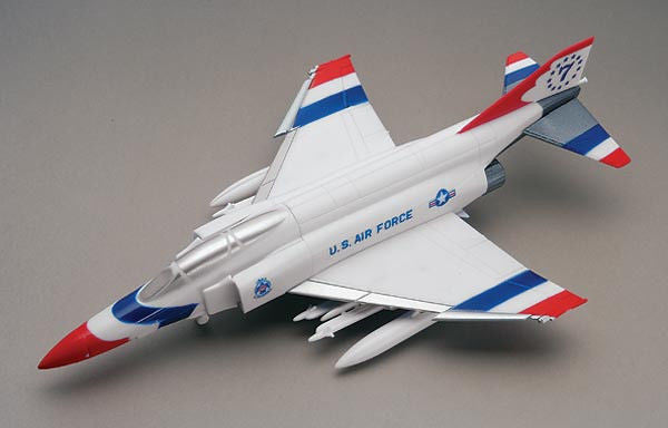 1:100 US F-4J Phantom Snap