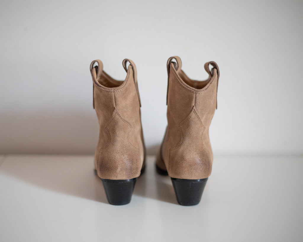 Billie western ankle boots