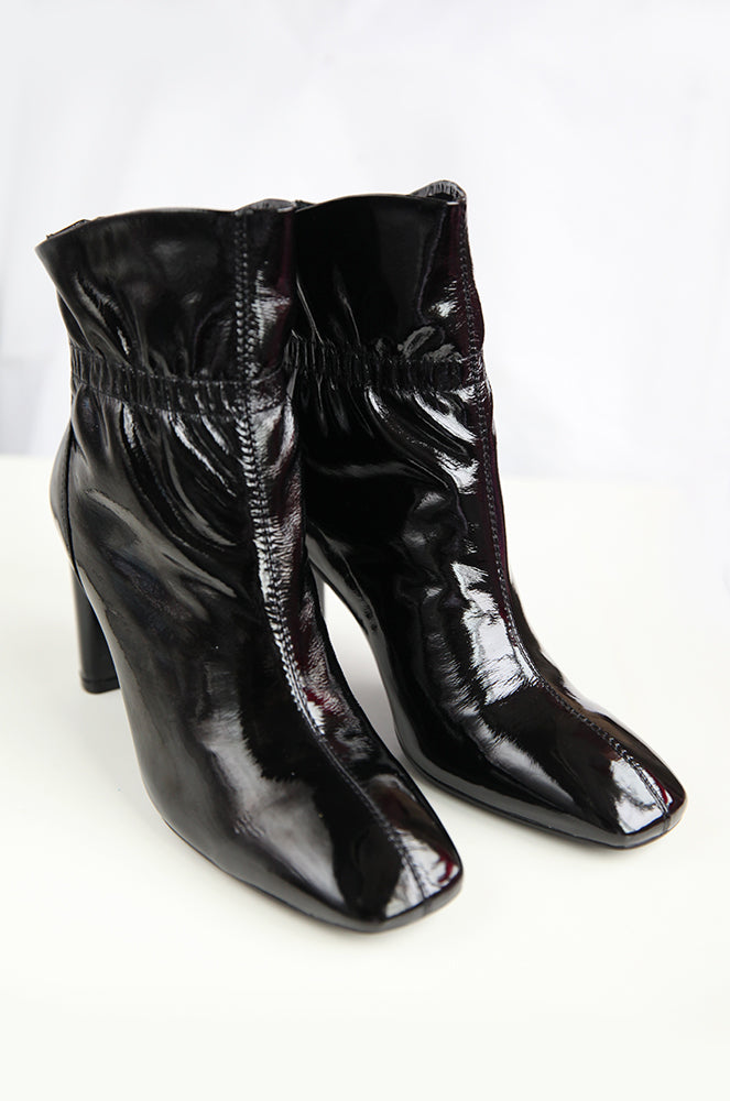 Sabrina boots in Black - FINAL SALE
