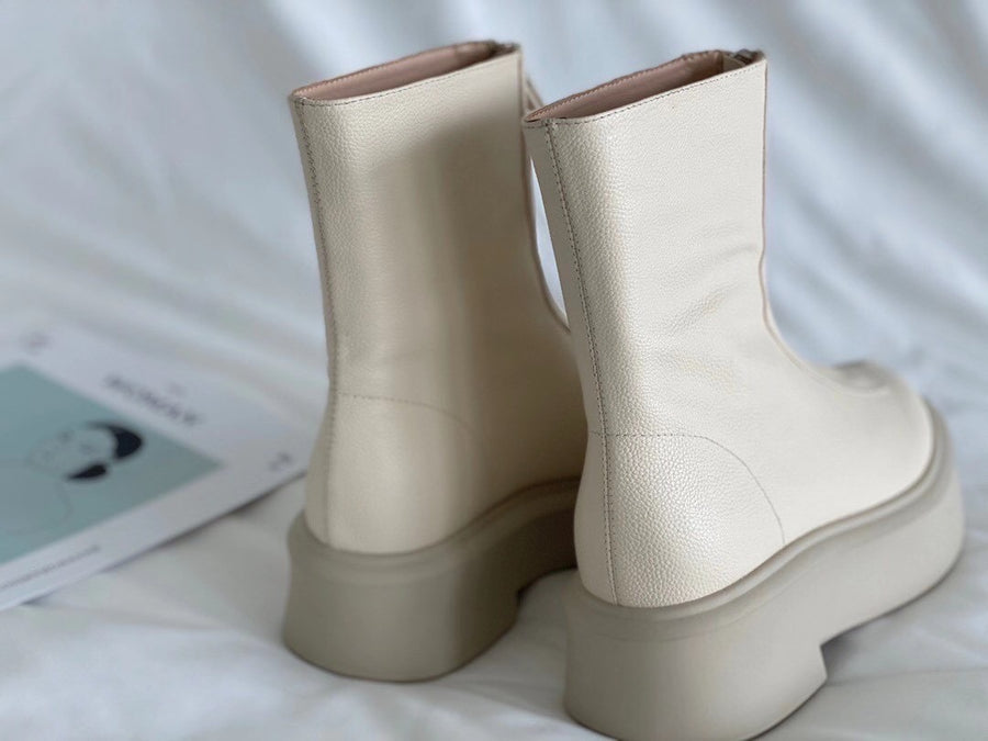 Palms boots in off white