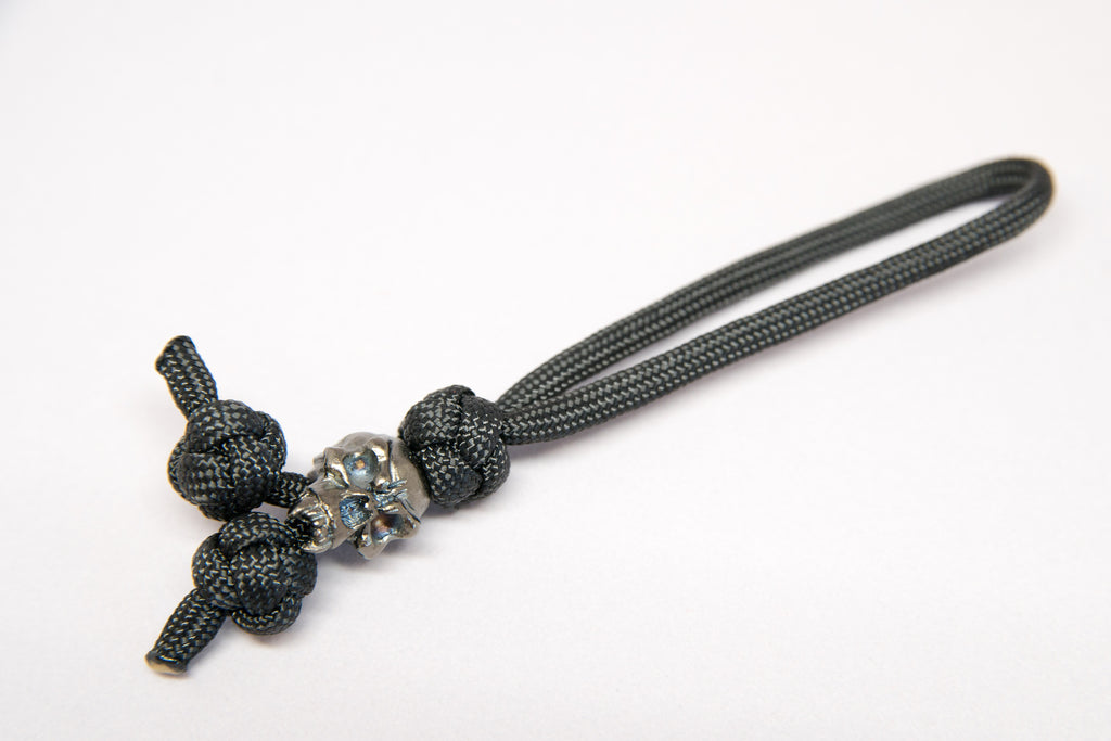 Fang Triple Diamond Knot Zipper Pull Hematite Matte - Closeout
