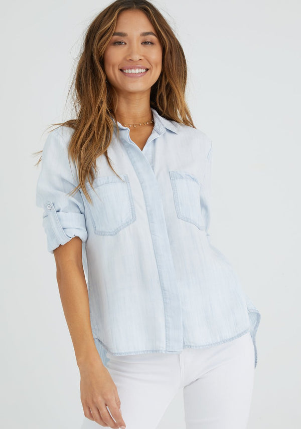 Split Back Button Down in Desert Sky Wash