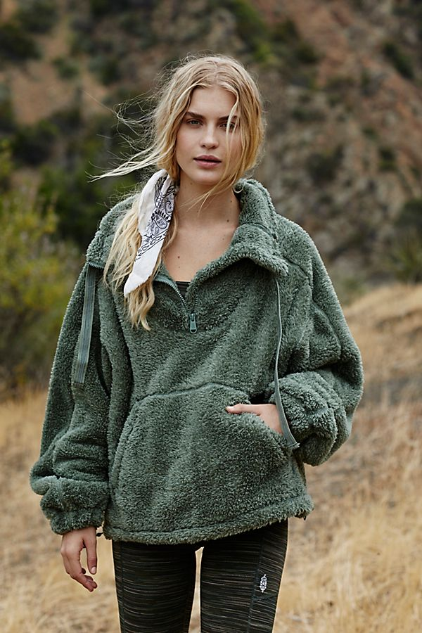 Big Sky Hi Neck Pullover