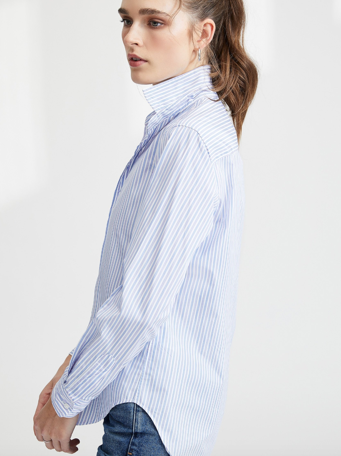 Frank - Poplin - White w Pink and Blue stripe