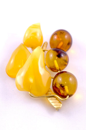 Vintage Baltic Amber Gold Gilt Brooch