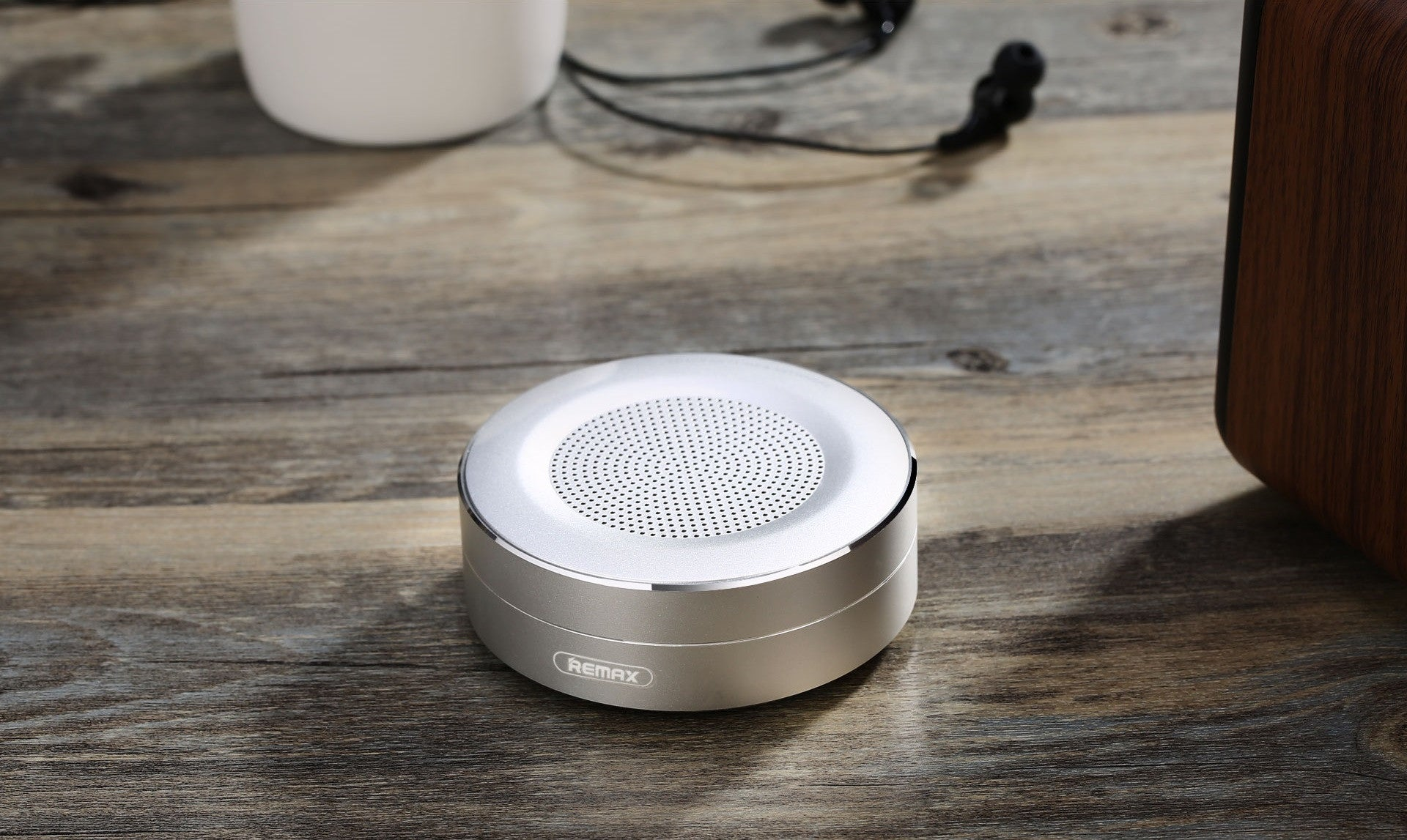 REMAX Official Store - Bluetooth Speaker RB-M13