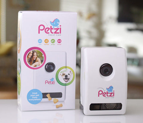 Wagz Petzi Treat Cam WiFi Audio, Nightvision, Camera Smart Treat Dispenser