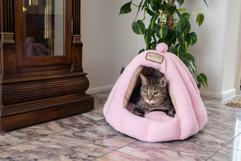 Soft Pink Gumdrop Cat Bed by Armarkat - CountrysidePet.com