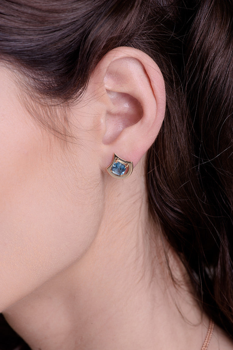 London blue topaz earrings, set in 14 kt yellow gold