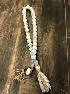 "Farmhouse Swag Beads Chippy ""Farmhouse White"""