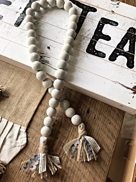 Farmhouse Swag Beads Chippy