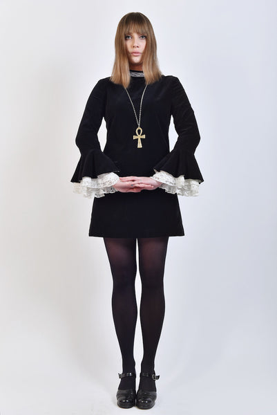 DandyLife 60s Victorian Style Bell Sleeve Dress