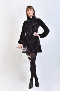 DandyLife Late 60s Style Velvet Mini Dress