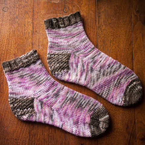 Roslyn Socks Pattern: Fairlight Fibers - Fairlight Fibers