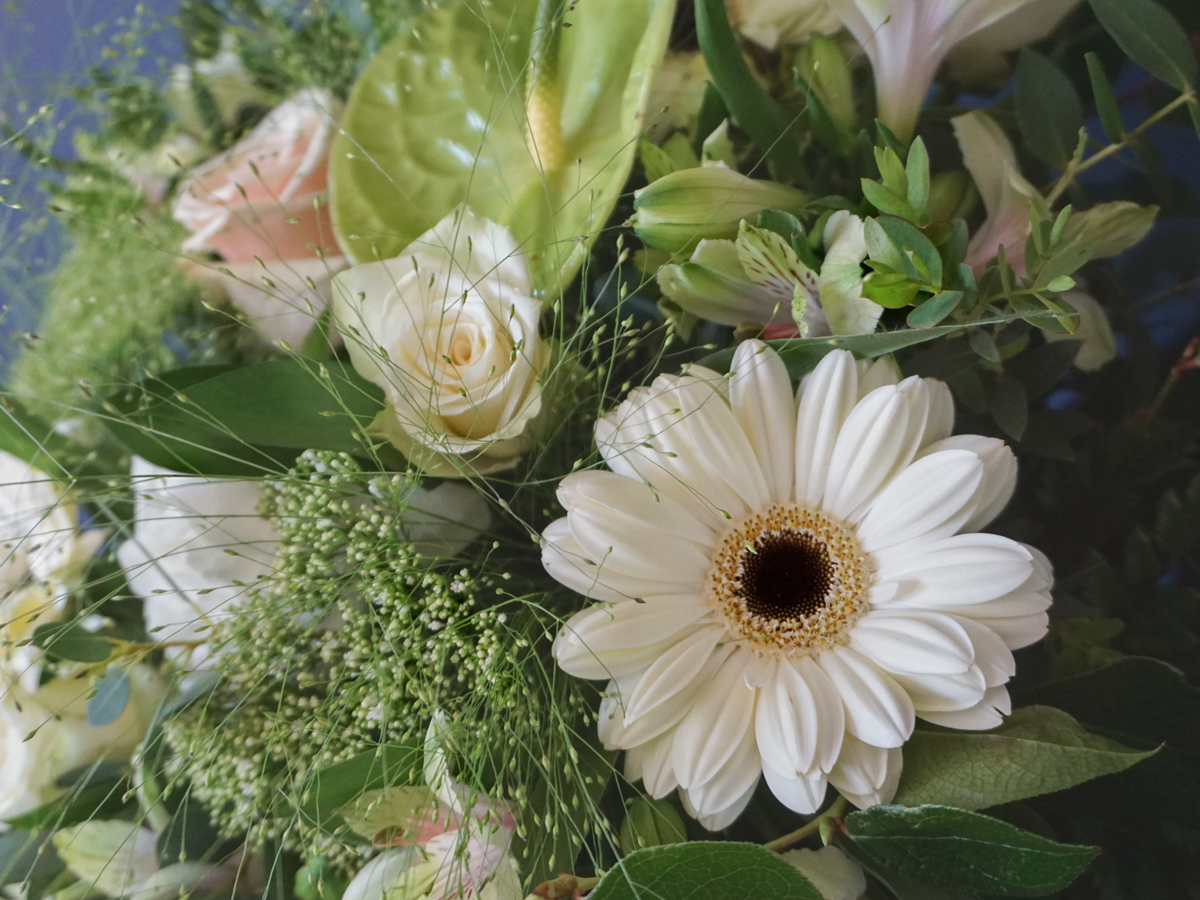 Bouquet of flowers with gerberas / 05 /