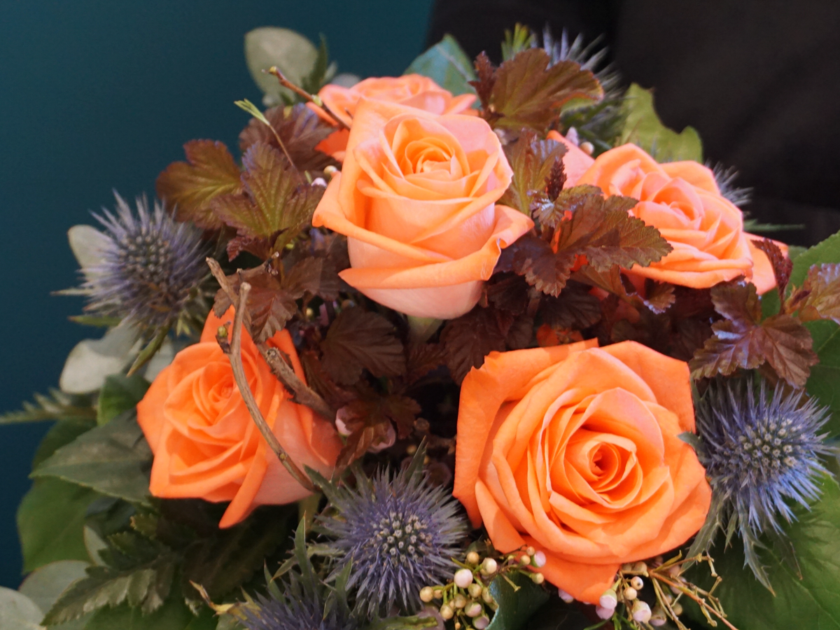 Flower bouquet with roses / 02 /