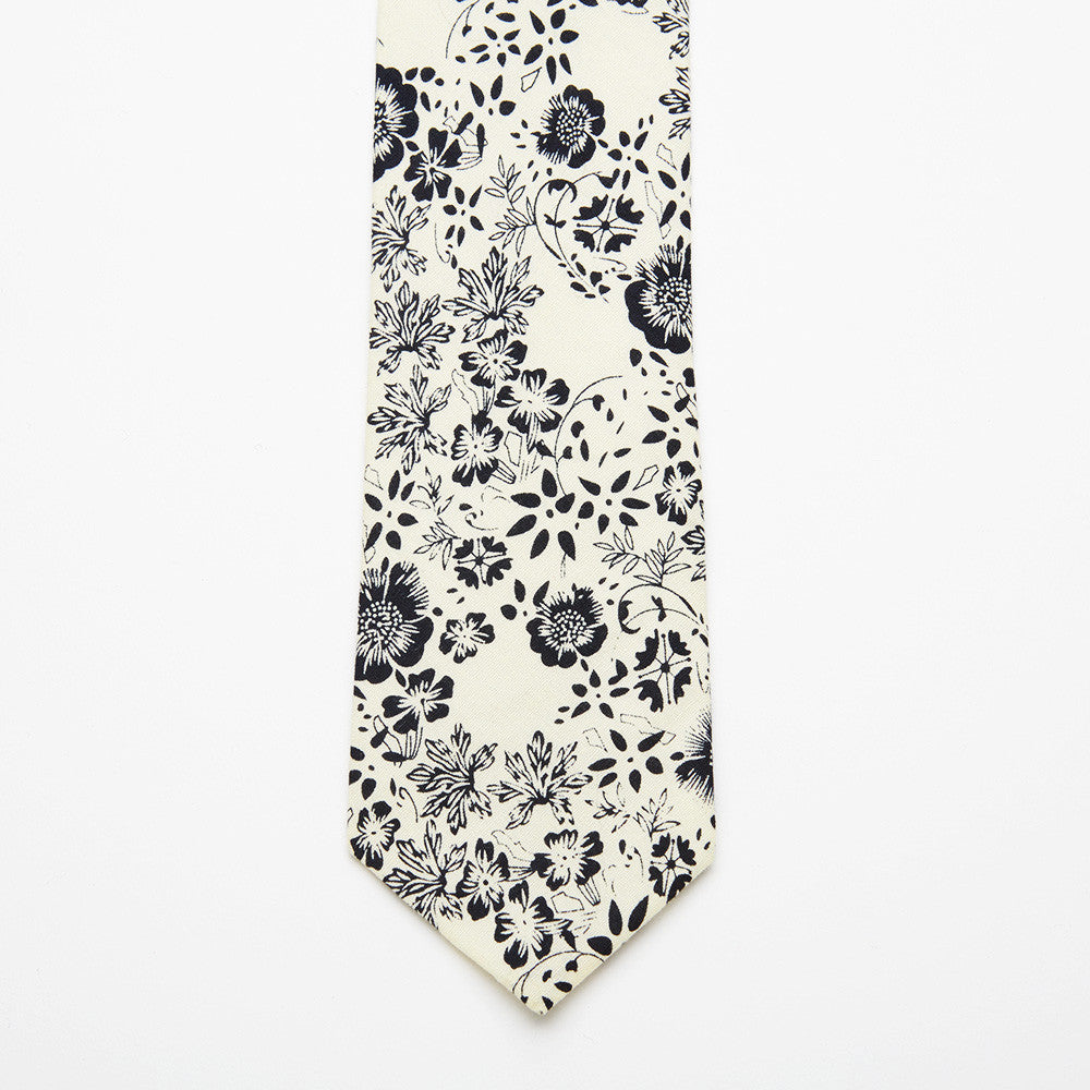 Prussian Floral Tie