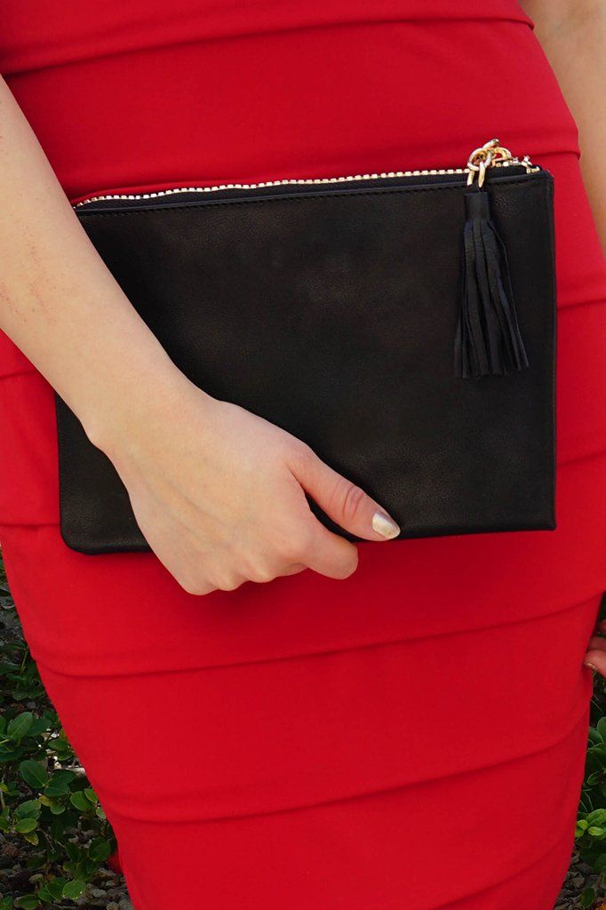 Sincerely Stylish Black Zip Top Tassel Clutch 2