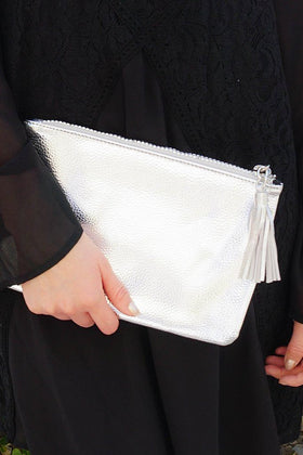 Sincerely Stylish Metallic Silver Zip Top Tassel Clutch 1
