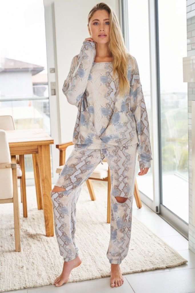 Wild Intentions Blue Snake Print Loungewear Set 4