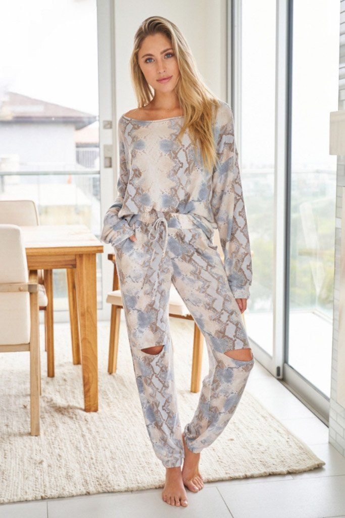 Wild Intentions Blue Snake Print Loungewear Set 1